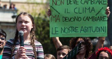 FRIDAYS FOR FUTURE, UN MILIONE DI GIOVANI SCENDE IN PIAZZA